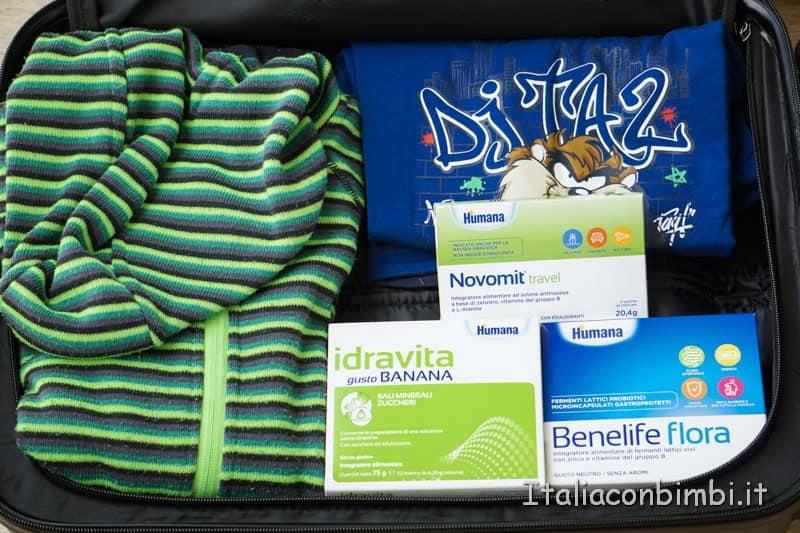 Valigia - farmaci e integratori da portare
