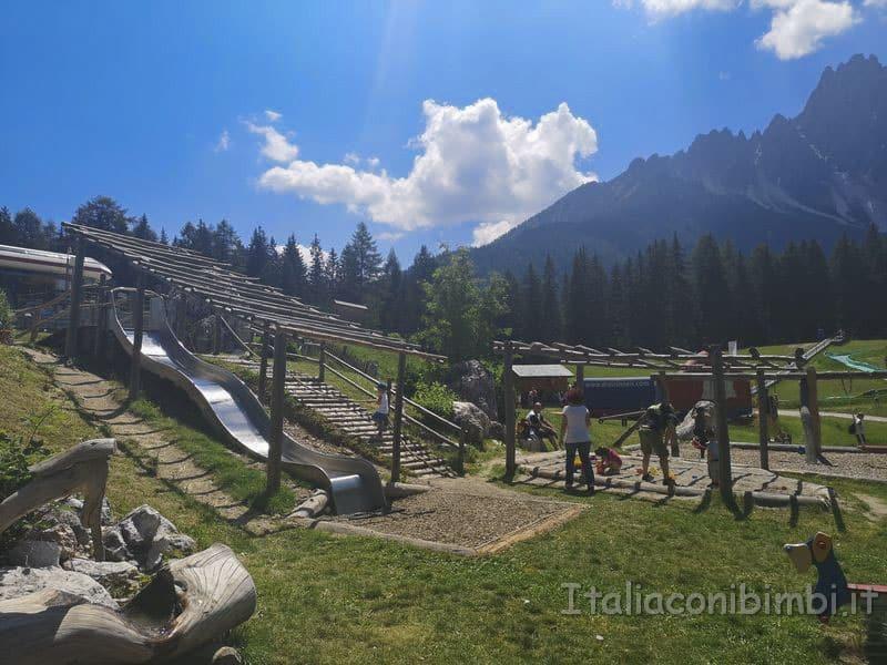 Villaggio-degli-gnomi-Val-Pusteria-parco-giochi