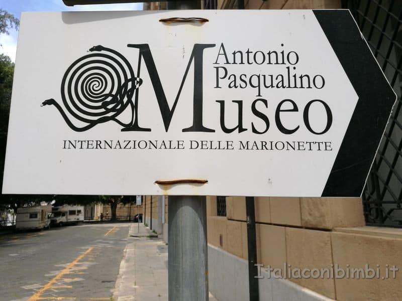 museo internazionale delle marionette Palermo insegna