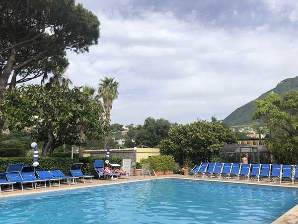 piscina-family-hotel-le-canne-Ischia