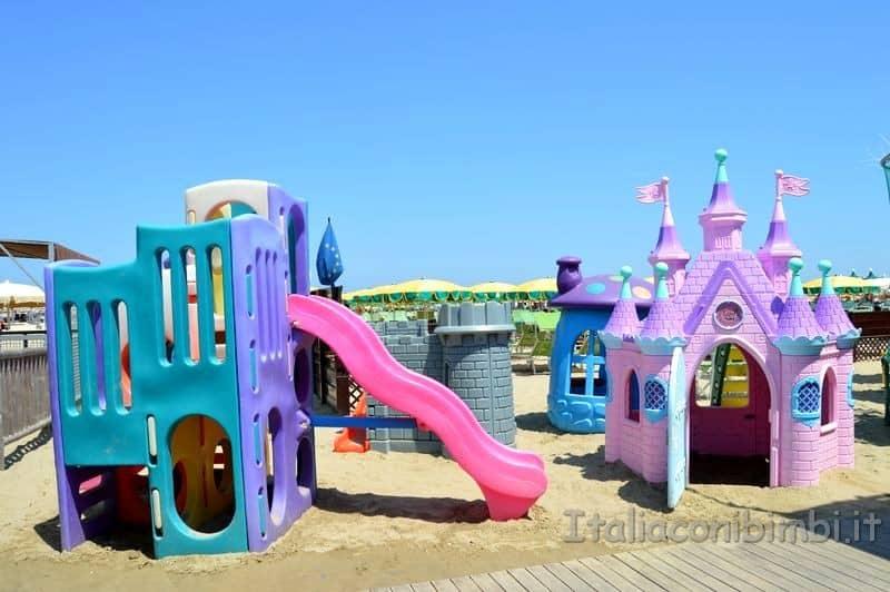 spiaggia di Gatteo Mare - giochi per bambini
