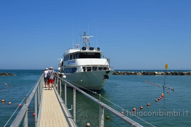 spiaggia di Gatteo Mare - motonave Adriatic Princess