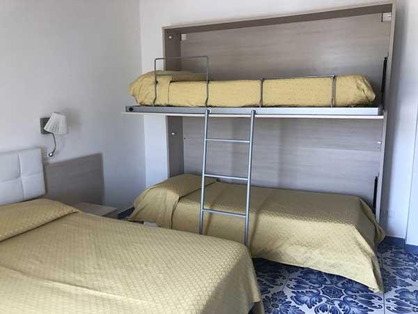 camere quadruple family hotel le Canne di Ischia