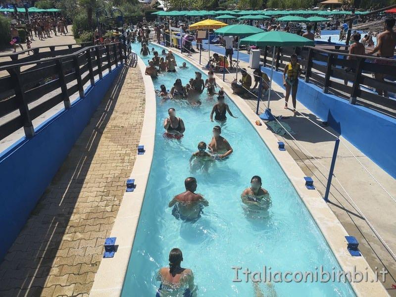 Aqualand di Vasto - torrente lento piscina grande