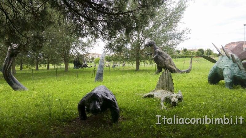 Bellaria-Igea-Marina-parco-del-Gelso-dinosauri