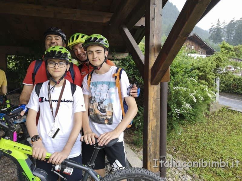 Cavallino Bianco - noi in gita in bicicletta