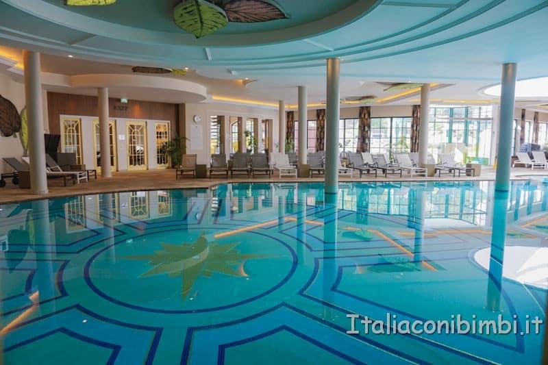 Cavallino Bianco - piscina grande interna