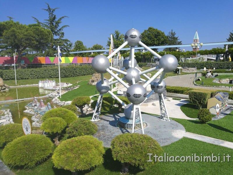 Italia-in-miniatura-Atomium-Bruxelles