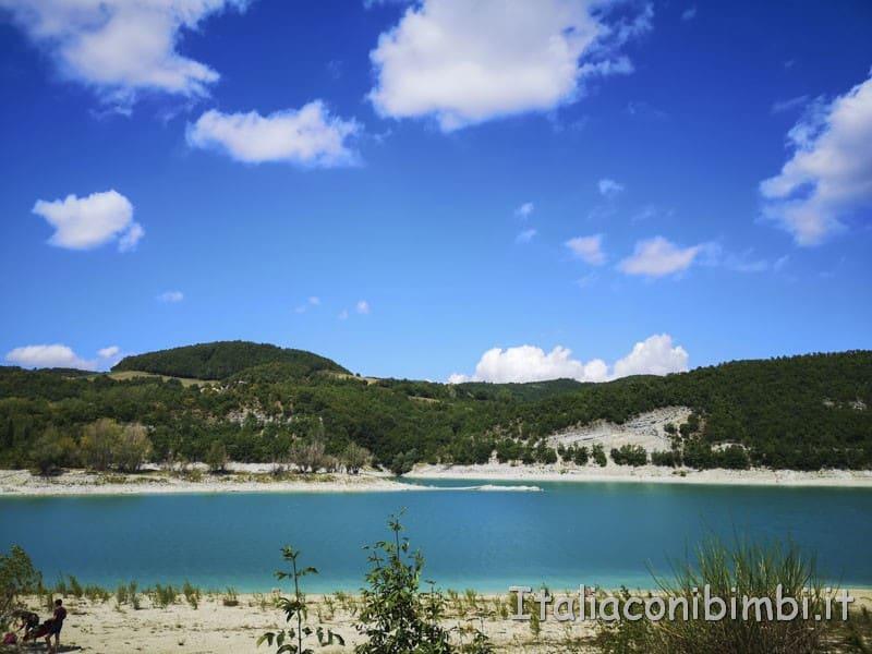 Lago di Fiastra - terza spiaggia