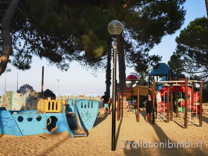 Vasto - parco giochi Suriani sul lungomare di Marina di Vasto