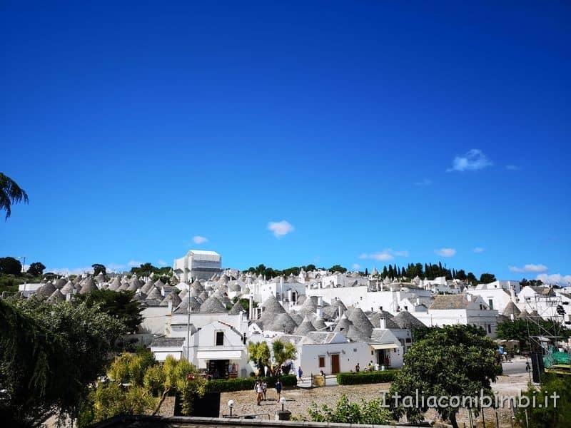 Alberobello vista sul paese