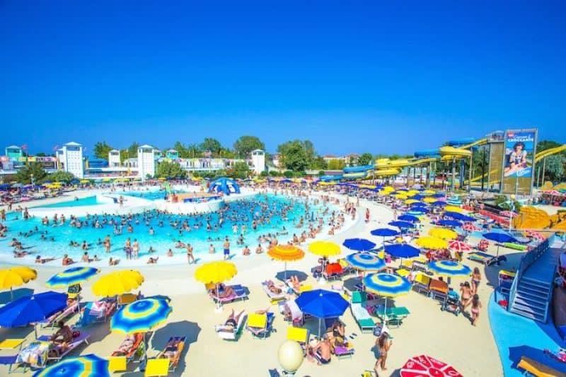 Atlantica Cesenatico: piscina Onde