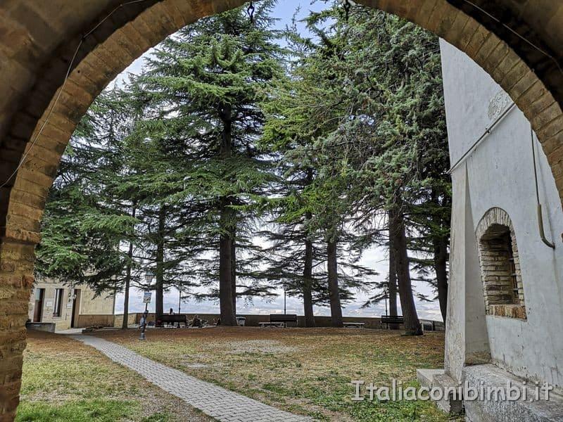 Ripatransone - arco del belvedere