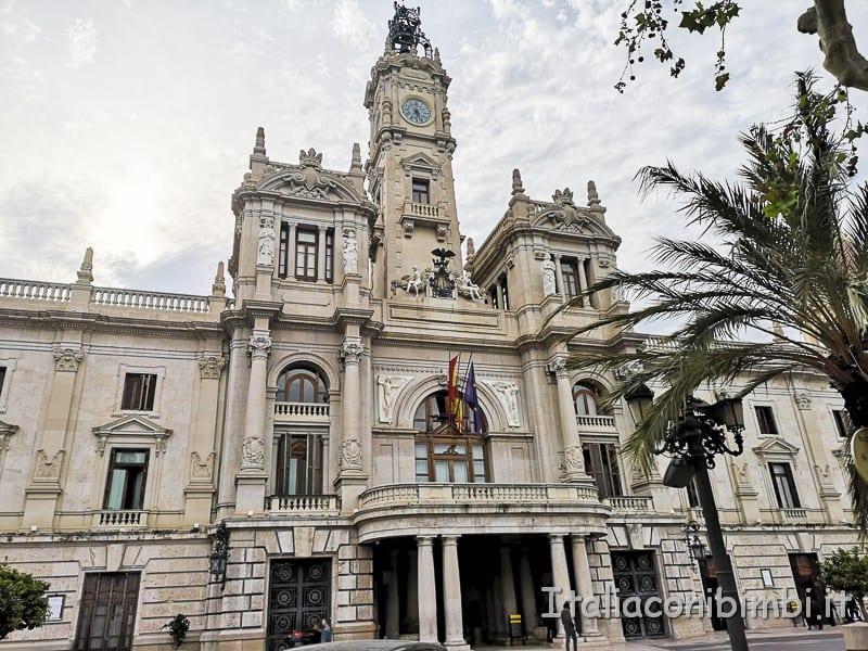 Valencia- Piazza dell'Anyuntamiento