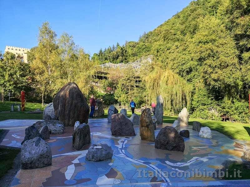 Giardini Trauttmansdorff di Merano - tipi di pietre delle montagne