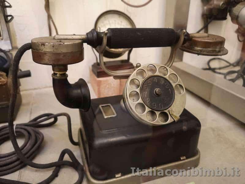 Arezzo - Mumec - telefono