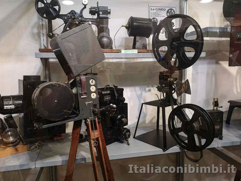 Arezzo - macchina da proiezione