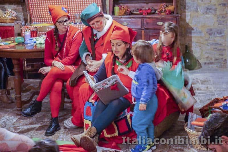 Magico Mondo di Babbo Natale - favole con gli elfi