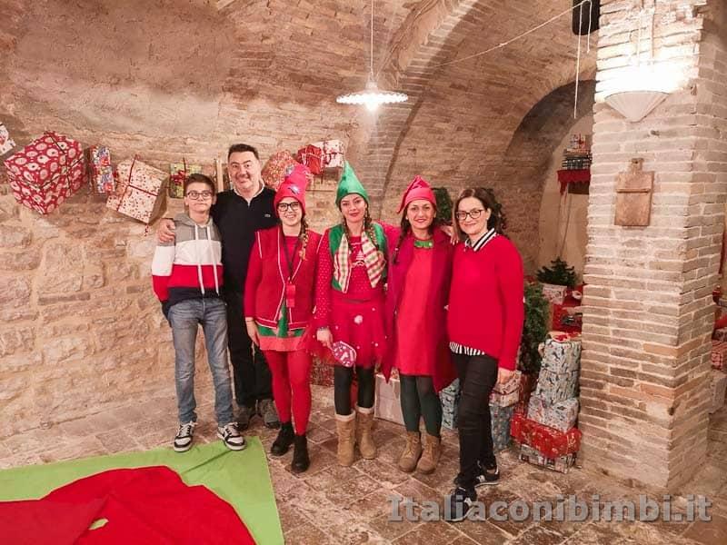 Magico Mondo di Babbo Natale - noi con le elfe