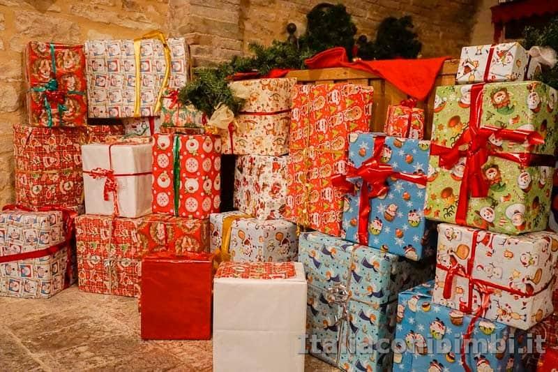 Magico Mondo di Babbo Natale - pacchi regalo