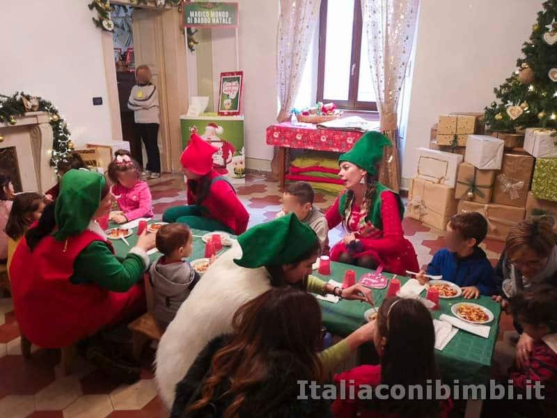 Magico Mondo di Babbo Natale - pranzo dei bambini con gli elfi