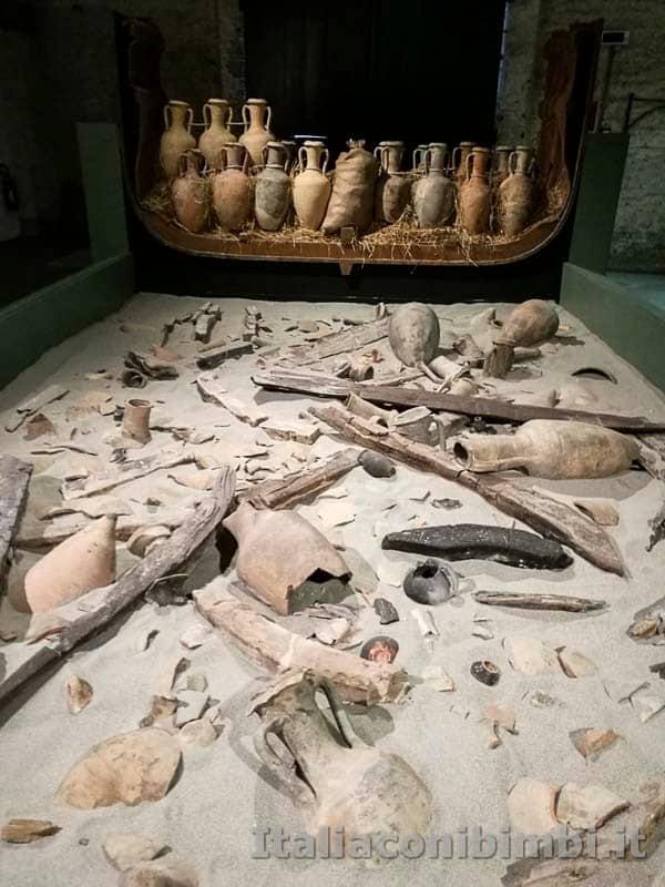 Museo-delle-navi-di-Pisa-anfor