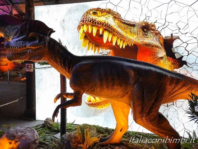 Living Dinosaurs Mostra dei dinosauri Roma - dinosauro su pannello