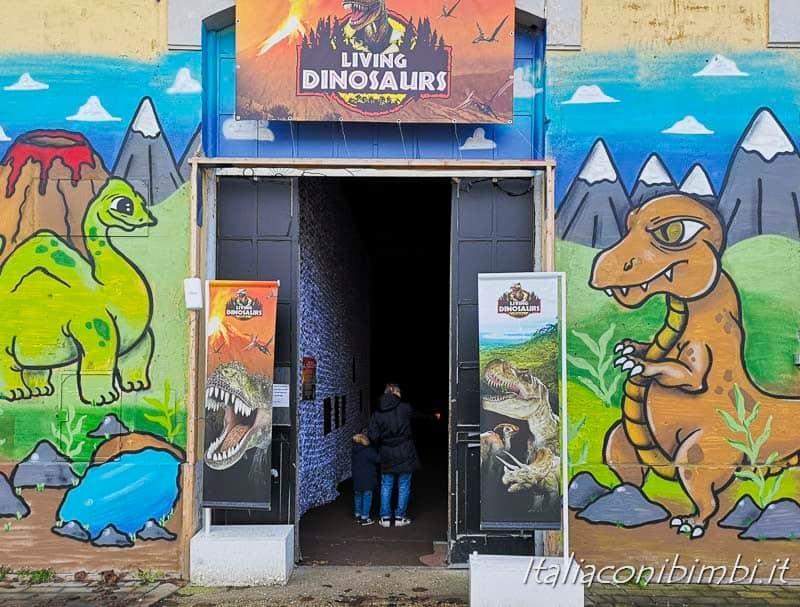 Living Dinosaurs Mostra dei dinosauri Roma - ingresso alla mostra