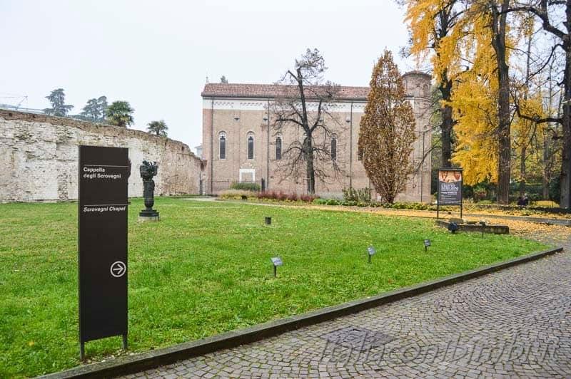 adova - cappella degli Scrovegni giardino interno