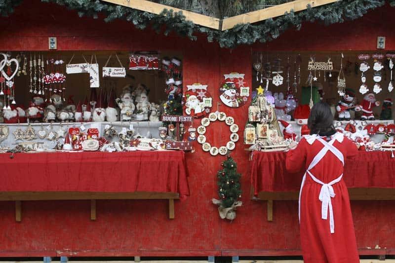 Villaggio di Natale di Finale Ligure - mercatino regali di Natale