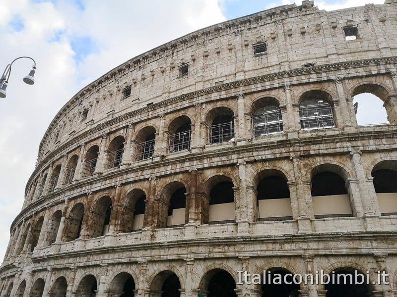 Colosseo - esterno