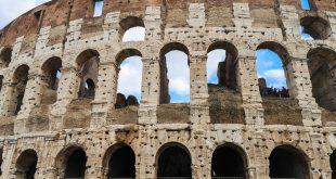 Colosseo - facciata esterna