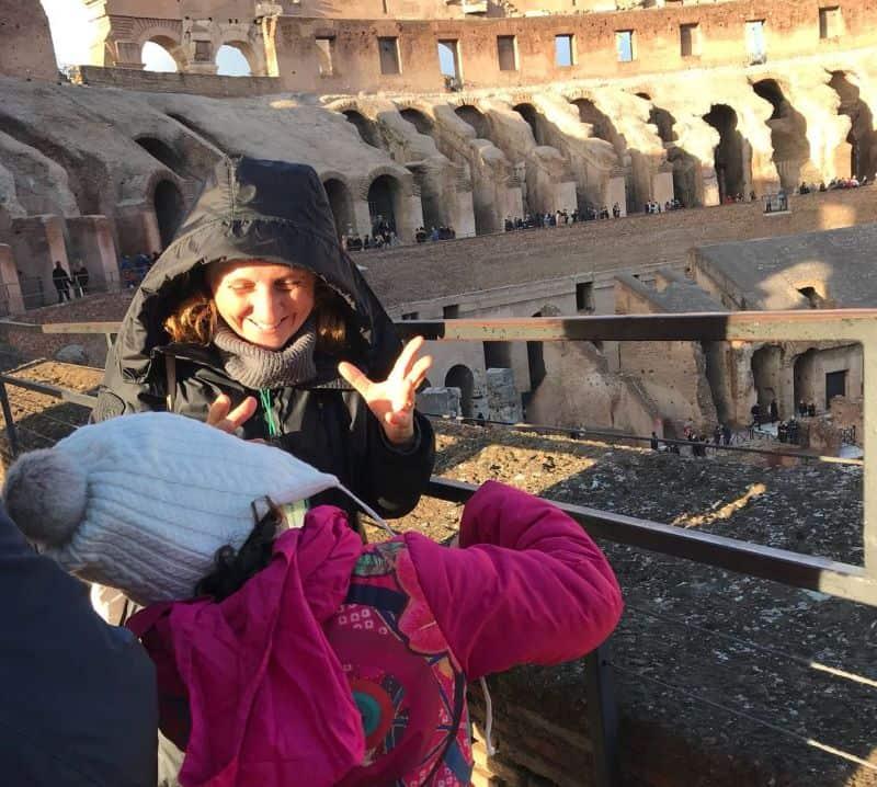 Titti con i bambini al Colosseo