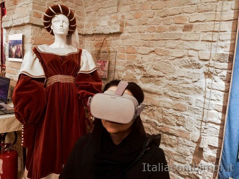 Acquaviva Picena - io con il visore Oculus