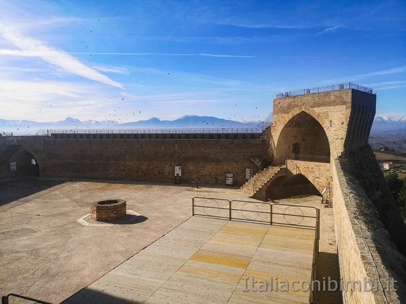 Acquaviva Picena - scorci della Rocca