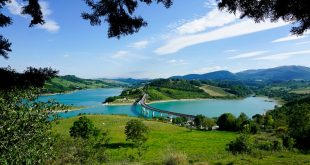 Lago di Cingoli - dal castello di Castreccioni
