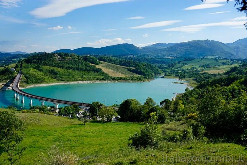Lago di Cingoli -ponte