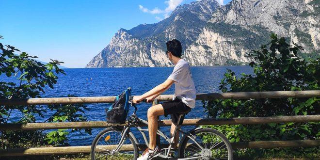 Ciclabile Riva - Torbole- mio figlio in bicicletta