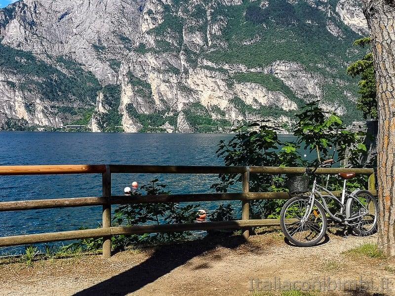 Ciclabile Riva - Torbole- pvista lago