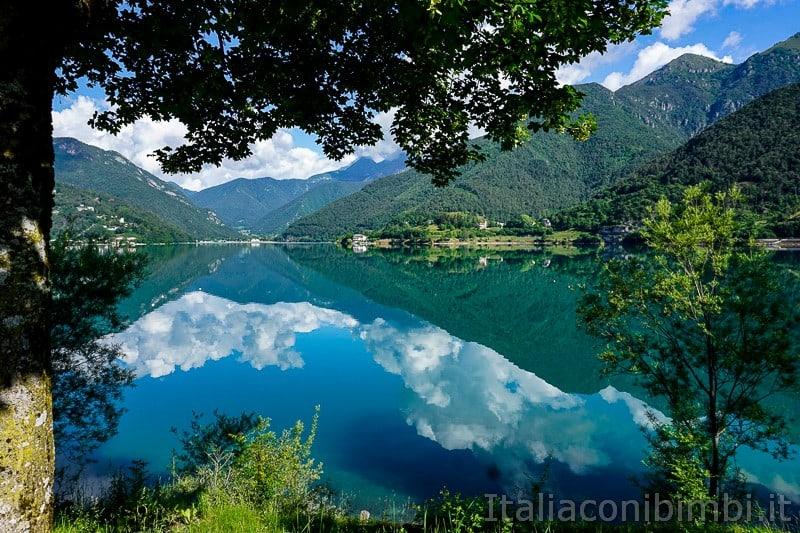Lago di Ledro- riflessi nel lago