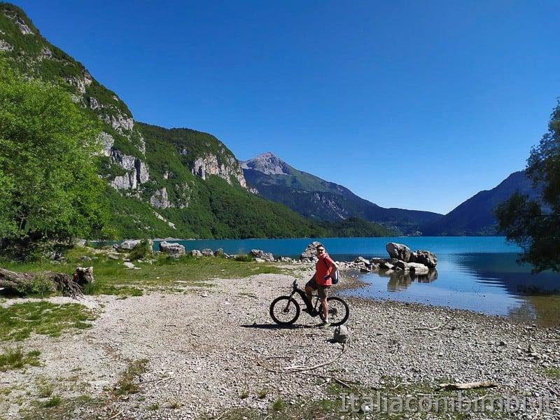 Molveno- giro del lago in bicicletta_1