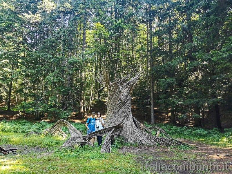 Sentiero il Respiro degli alberi- opera Radici dell'anima