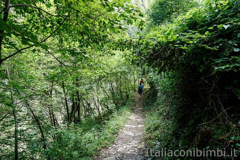 Valle dell'Orfento- Inizio passeggiata delle Scalelle
