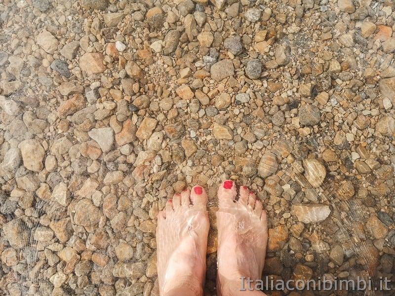 Ciclabile della Valsugana- piedi nel Lago di Caldonazzo