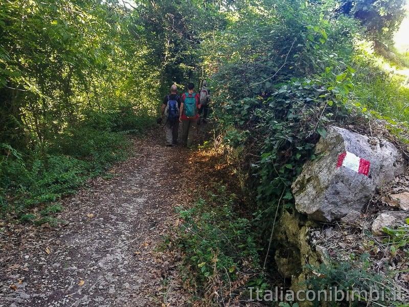 Colle-San-Marco-sentiero-per-eremo