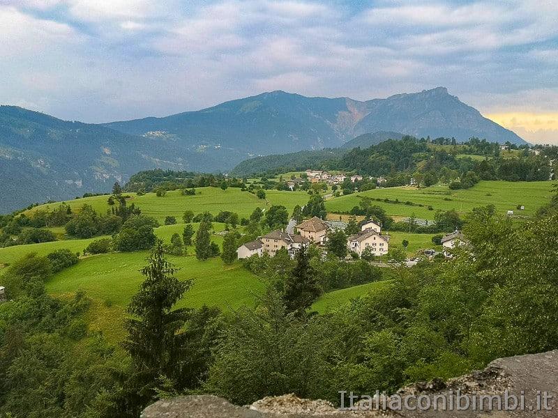 Forte Belvedere- panorama dalla strada per salire