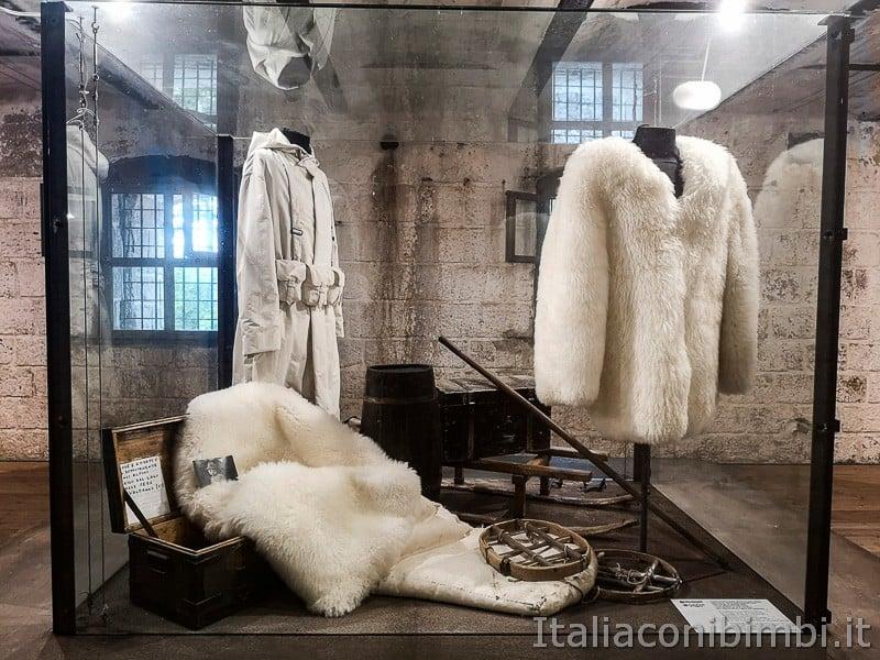Forte Belvedere- pellicce e abiti dei soldati