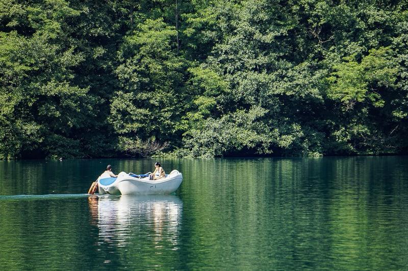 Lago di Levico- barchetta sul lago