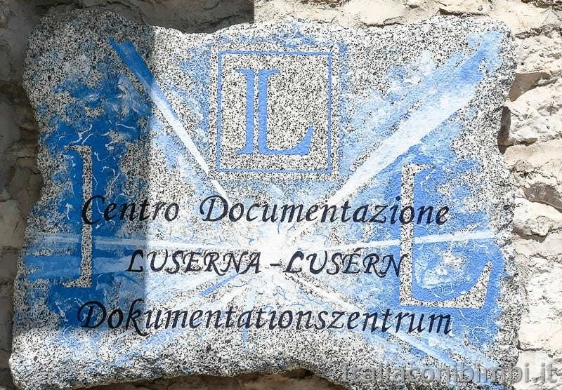 Luserna - Alpe Cimbra- targa centro documentazione