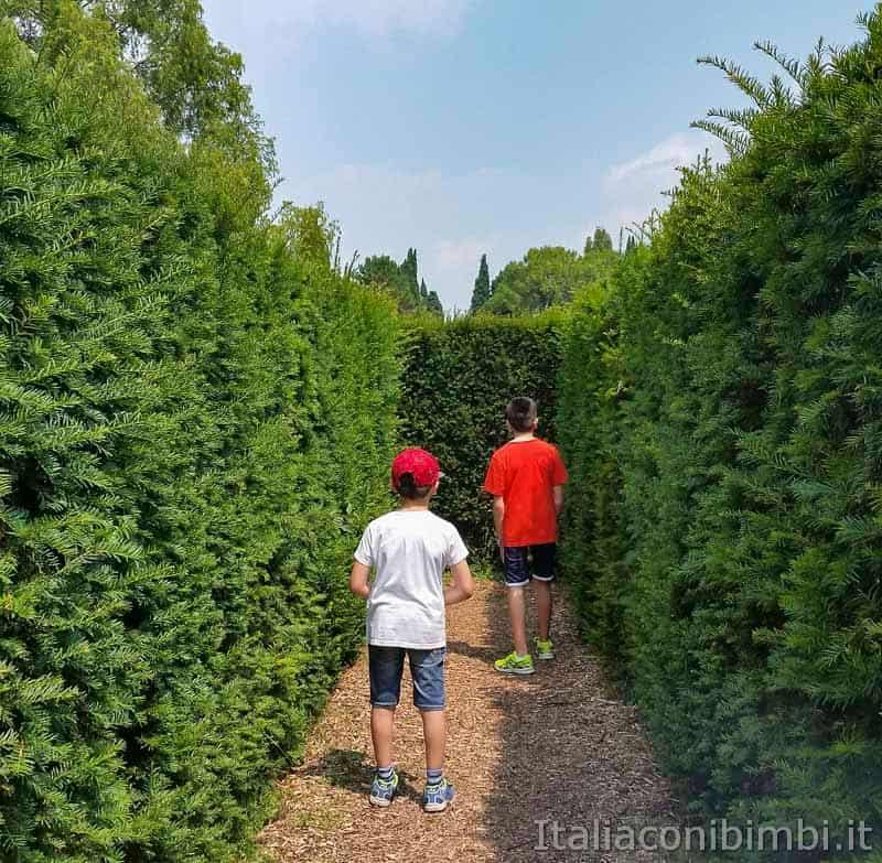 Parco Sigurtà - bambini nel labirinto
